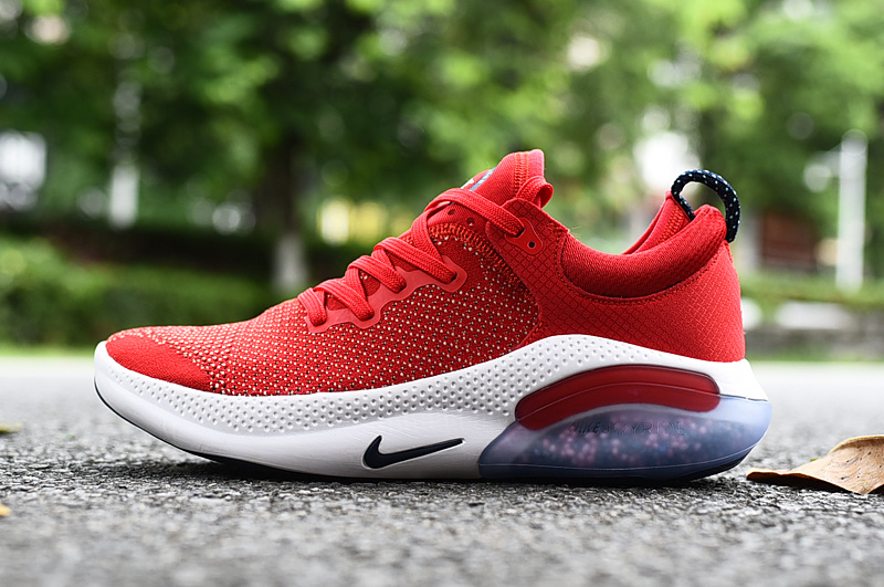 Nike Joyride Run Flyknit Americana de materiales